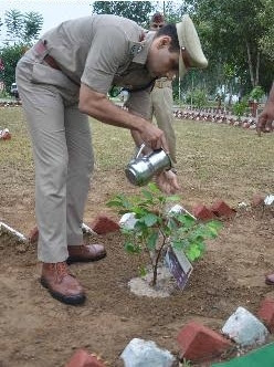 Dr Preetinder Singh (IPS), SSP, Gautam Budh Nagar taking a green initiative on 67th Independence Day, 2013.