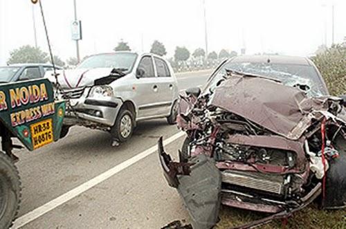 Accident on Noida Expressway