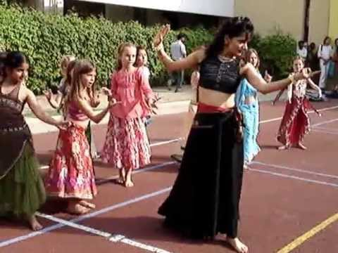 Reema Sari conducts Classes for Children
