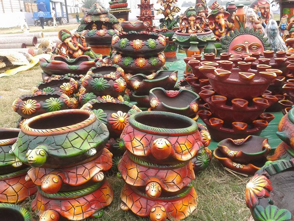 UP Crafts Mart Hosts Gandhi Handicraft Mela