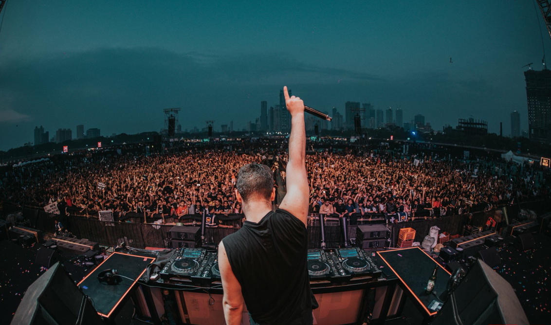 DJ Martin Garrix Performs Live in Noida for Radio Mirchi's Power Arena India Tour
