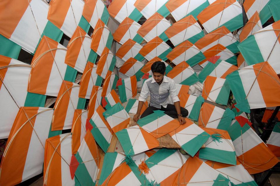 Noida Celebrates Independence Day 2013 with Fervour