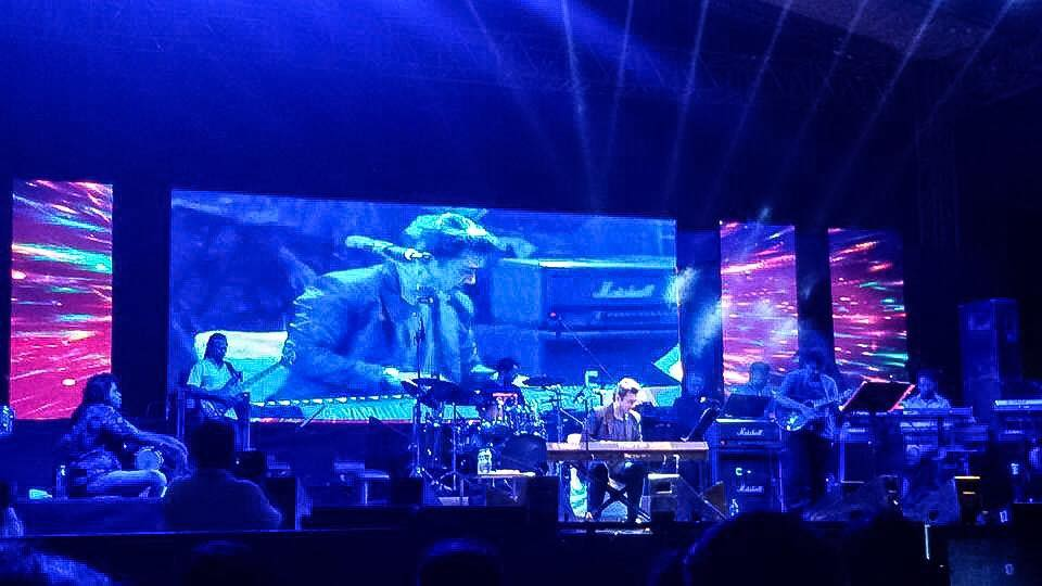 Adnan Sami Rocks Noida NCR Fans at Awesome Live Concert