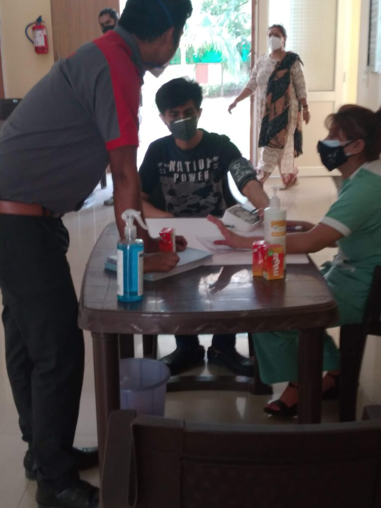 Noida Diary : Paid Noida Vaccination Camp for residents by RWAs in association with Fortis Noida